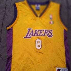 Los Angeles Lakers Koby Bryant size medium jersey
